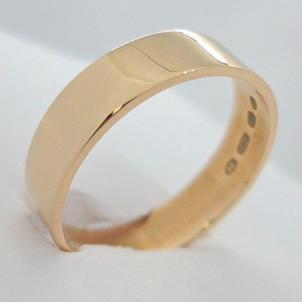 kultainen kihlasormus, 5 mm flakkamalli