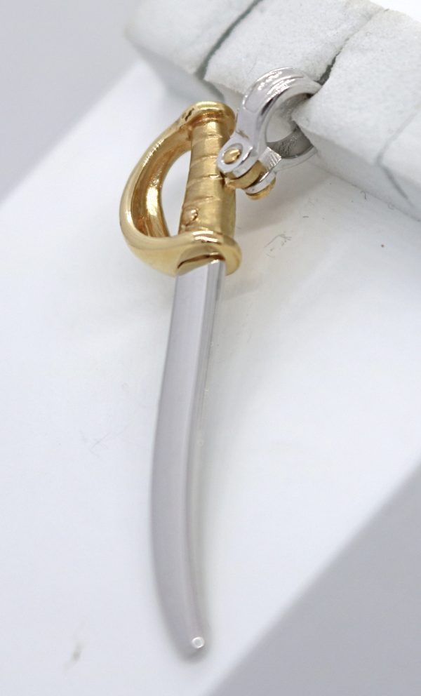 2-värinen kultainen miekkariipus