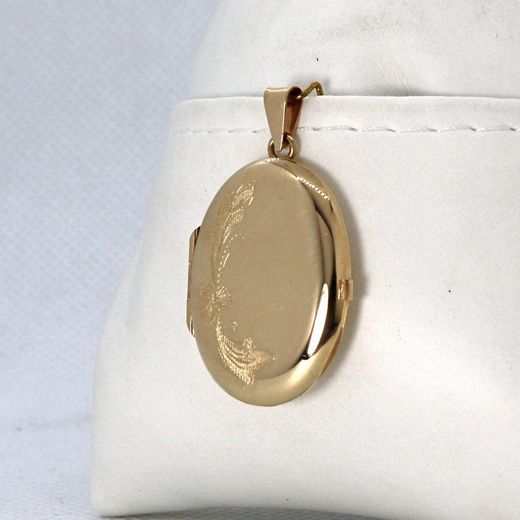 Kultainen avattava kukkamedaljonki 30 mm